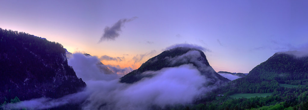 Clouds overflow a alley in Berchtesgaden